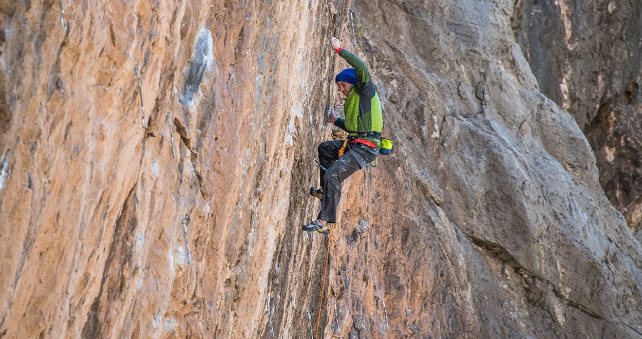 Black Diamond Klettergurt Waschen : Black diamond präsentiert alex honnold limited edition