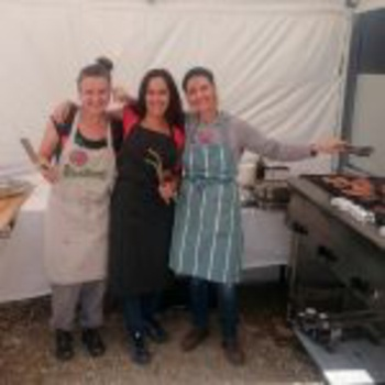 Feeding the Bergzeit team with a round-the-clock BBQ