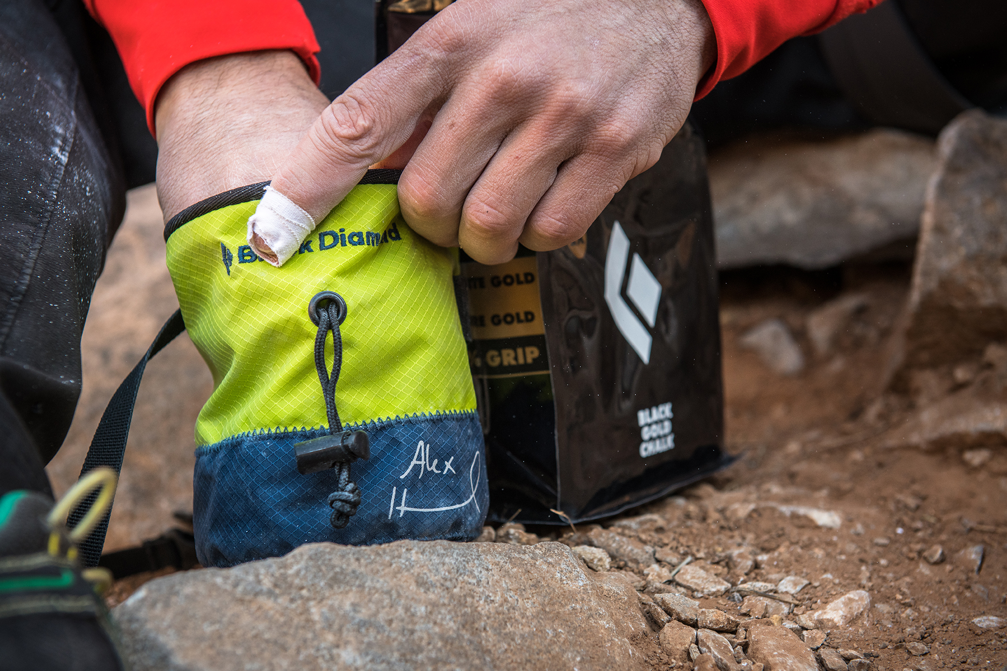 Klettergurt Black Diamond Solution : Black diamond präsentiert alex honnold limited edition