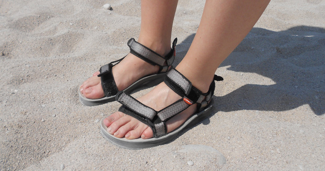 lizard super hike trekkingsandalen im test. Black Bedroom Furniture Sets. Home Design Ideas