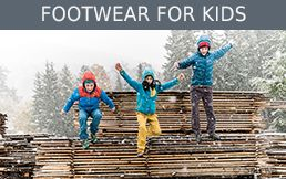buy Footwear for kids secure and conveniently at Bergzeit